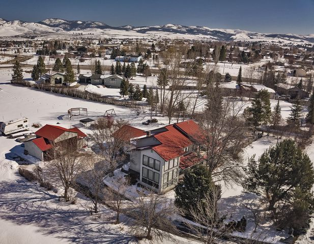 143 Apple Valley Way, Florence, MT 59833