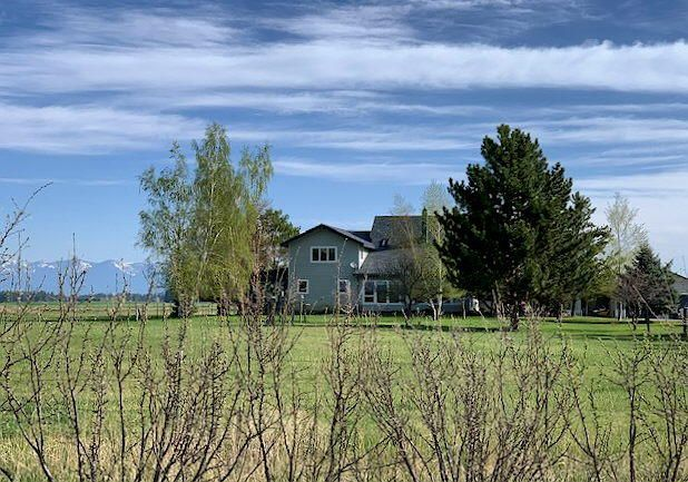 1980 Pine Grove Lane, Kalispell, MT 59901