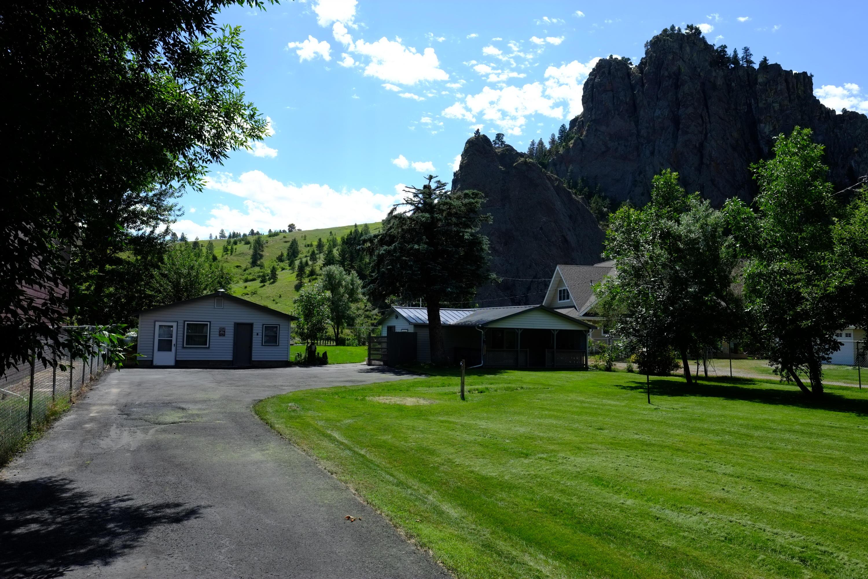 53 Siebold Lane, Cascade, MT 59421