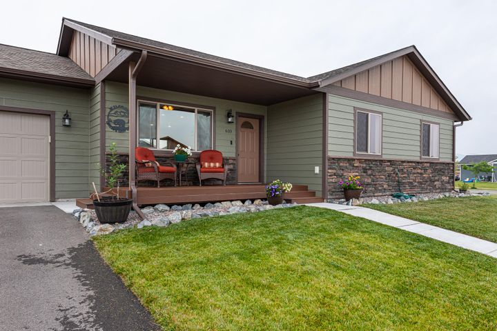 610 Triple Creek Drive, Kalispell, MT 59901