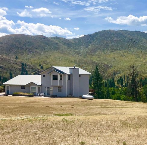 213 Critter Crossing Trail, Conner, MT 59827