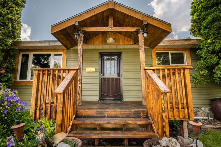 392 2nd Avenue West North, Kalispell, MT 59901