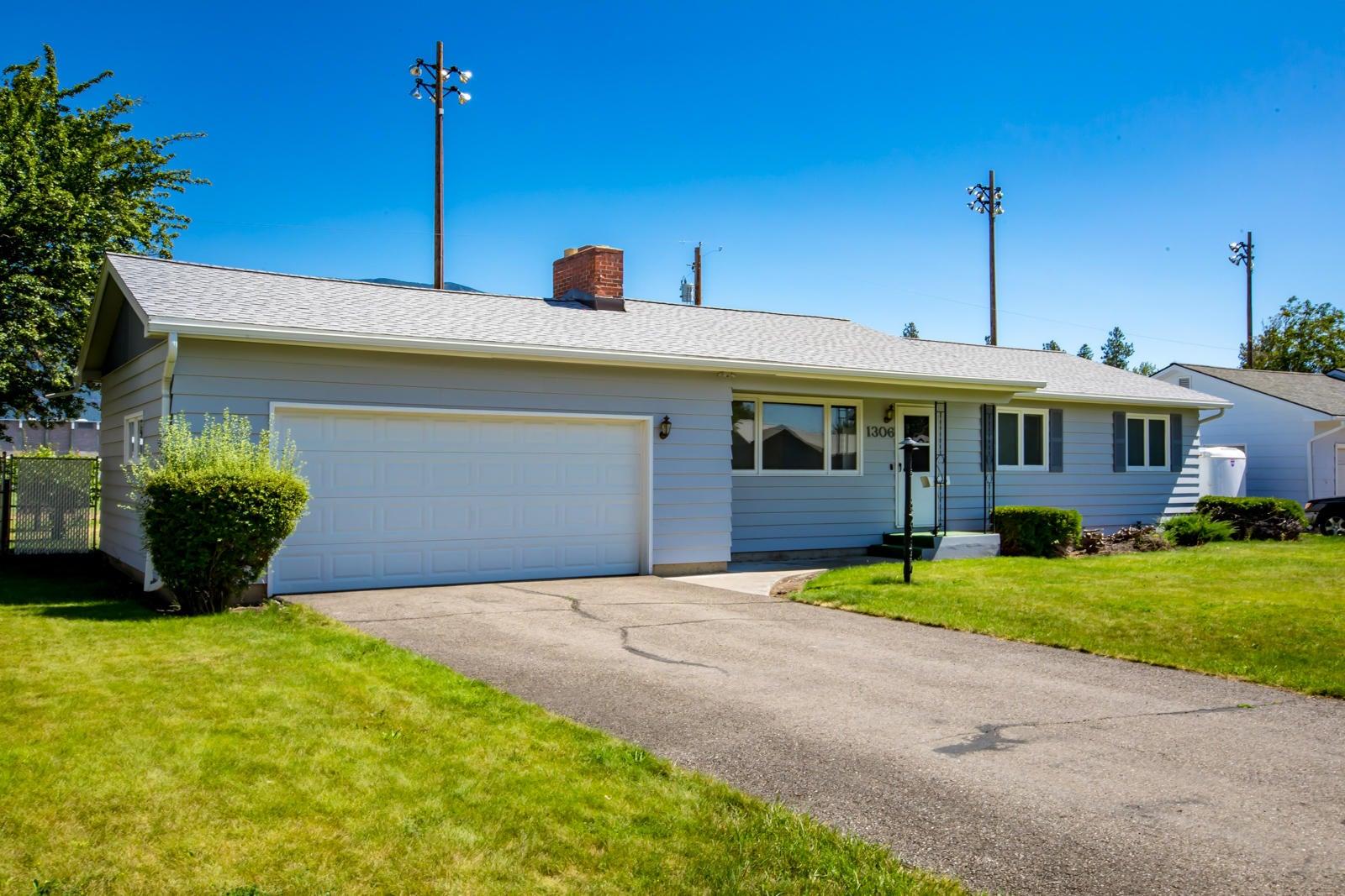 1306 Columbia Drive, Columbia Falls, MT 59912