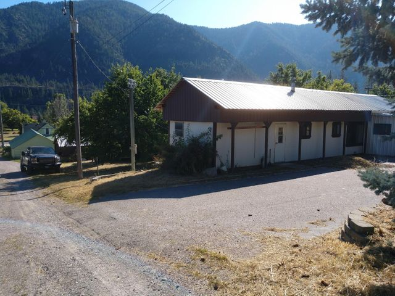 108 Apple Lane, Alberton, MT 59820