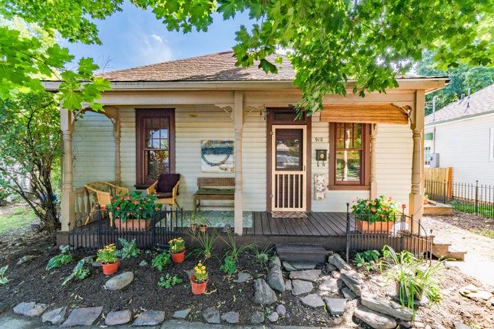 910 Grand Avenue, Missoula, MT 59802