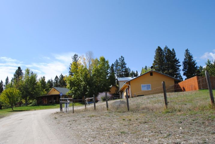 1525 Red Crow Road, Victor, MT 59875