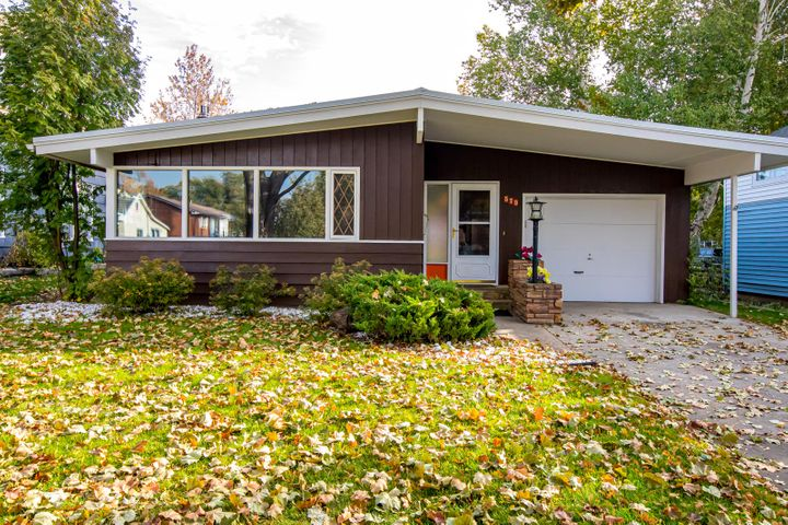 579 2nd Avenue West North, Kalispell, MT 59901