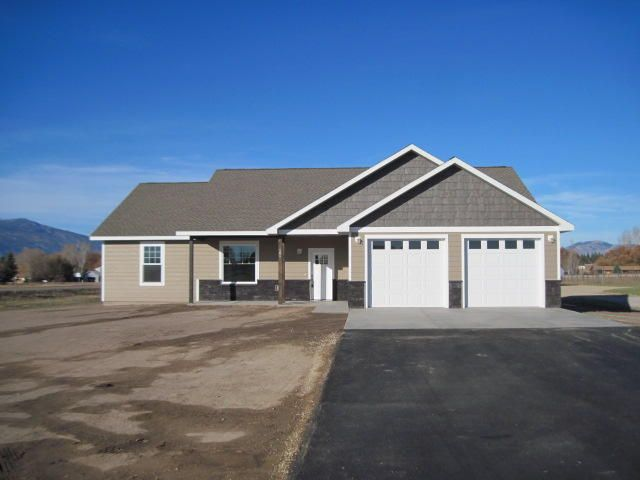 406 Foxtail Lane, Stevensville, MT 59870