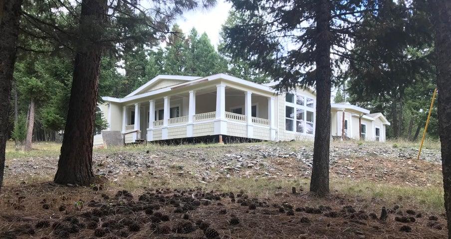 1465 Copper Cliff Road, Bonner, MT 59823
