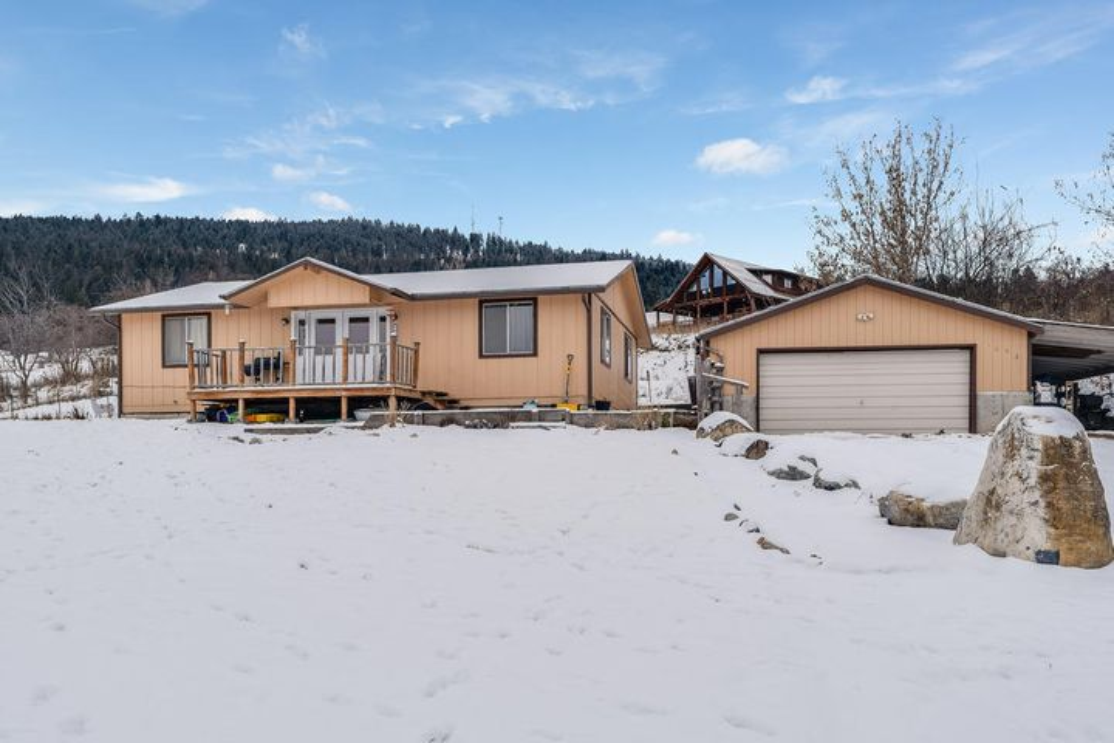 1093 Foys Lake Road, Kalispell, MT 59901