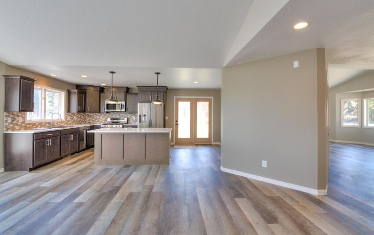 6315 Lone Moose Court, Florence, MT 59833