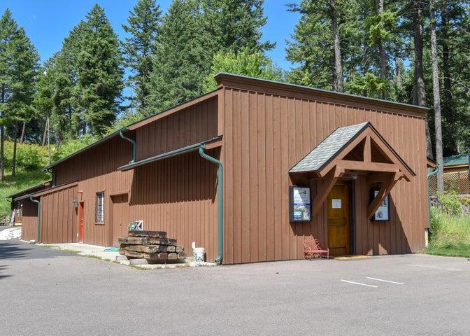 8560 Montana Hwy 35, Bigfork, MT 59911