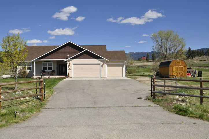 1004 Willow Creek Road, Corvallis, MT 59828