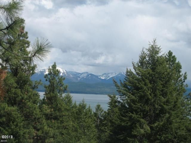 286 Lakeview Drive, Lakeside, MT 59922