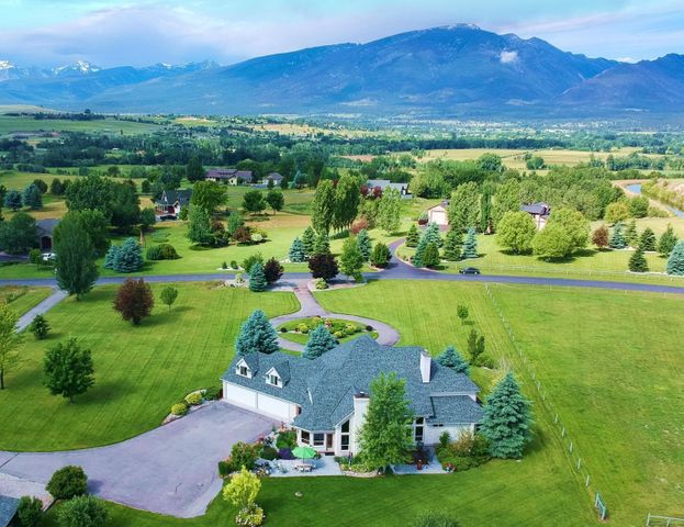 424 Saddle Ridge Road, Hamilton, MT 59840