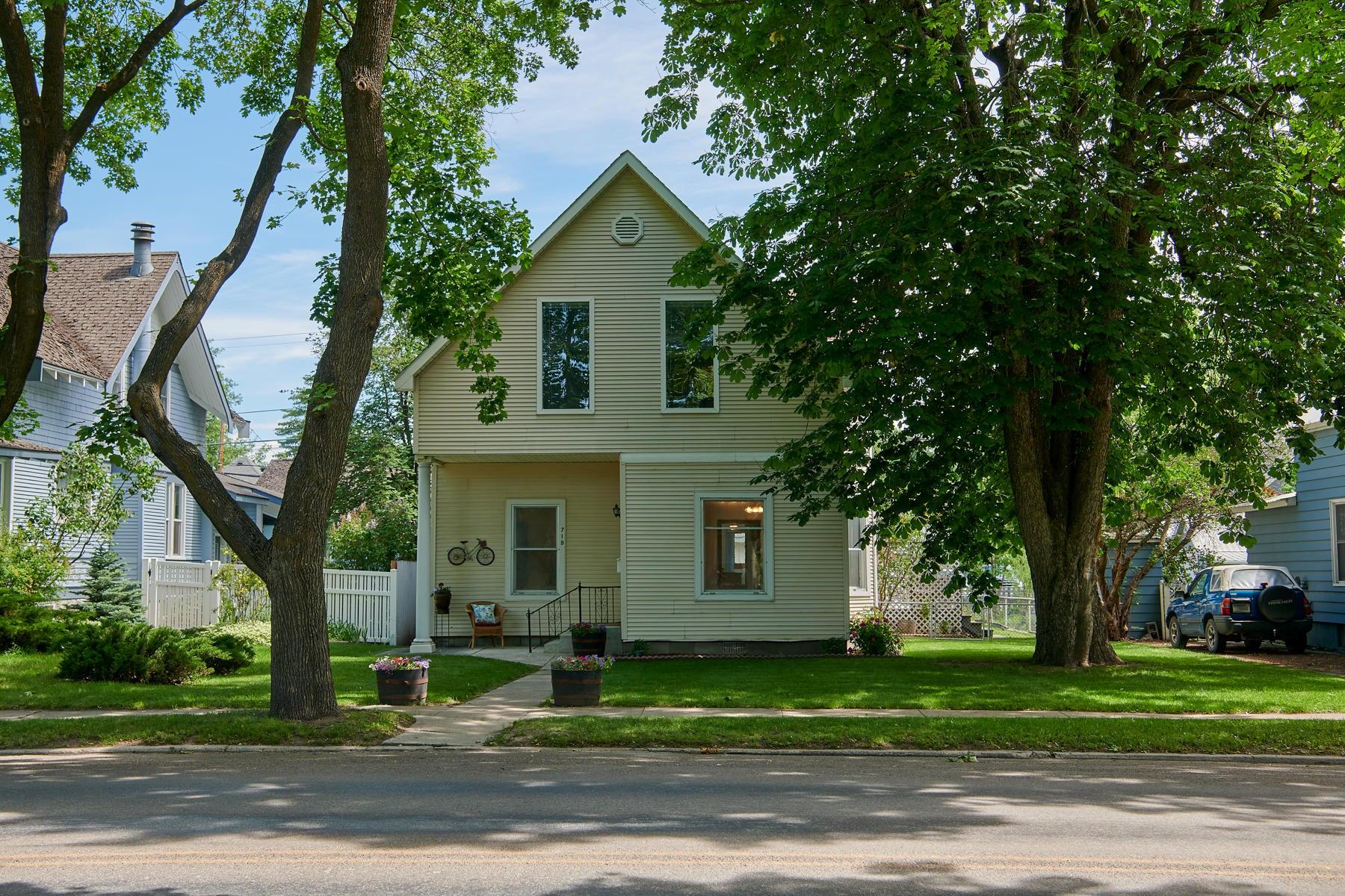719 1st Avenue East, Kalispell, MT 59901