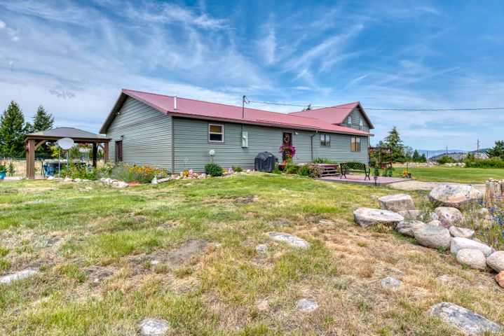 11 Gold Coin Road, Hall, MT 59837