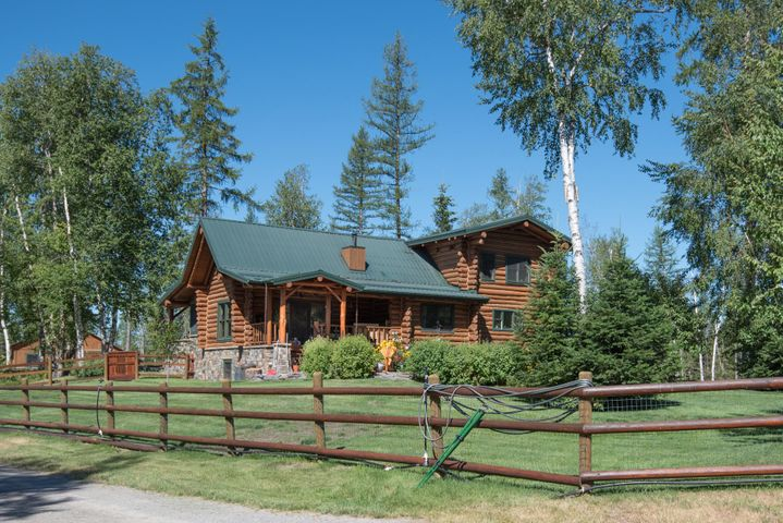 862 Pine Ridge Road, Bigfork, MT 59911