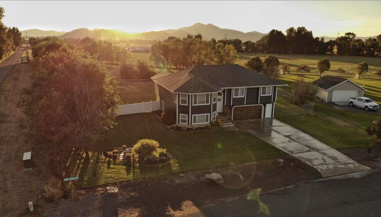 3900 Fawn Meadow Drive, Helena, MT 59602