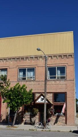 25 1st North West Street, Choteau, MT 59422