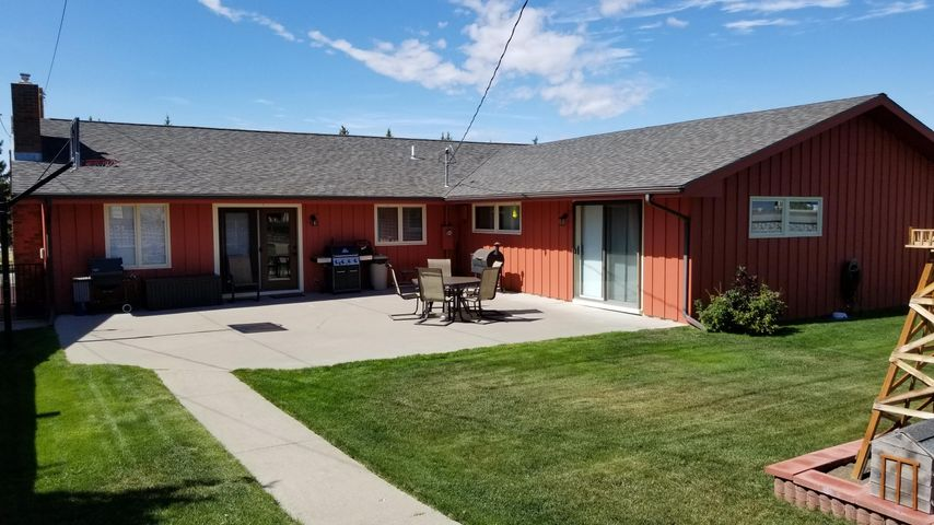 309 13th South Avenue, Cut Bank, MT 59427