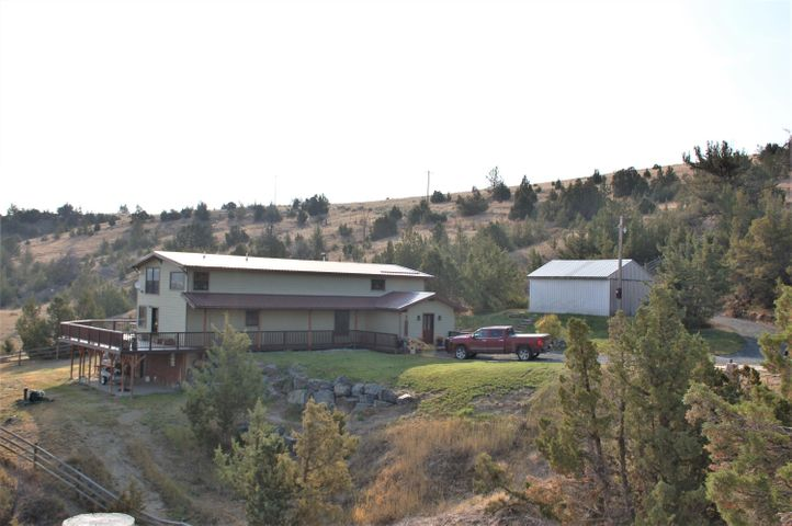 131 Parrot Ditch Rd, Whitehall, MT 59759