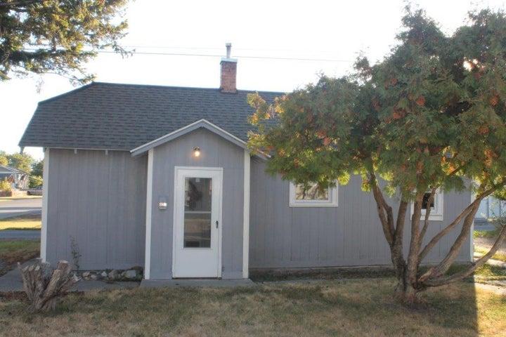 705 9th West Avenue, Kalispell, MT 59901