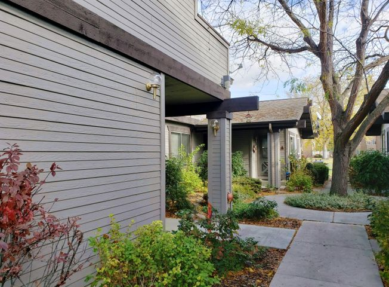 1130 Pine Street, Unit D, Hamilton, MT 59840