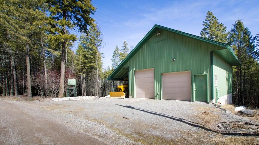 1146 Swan Hill Drive, Bigfork, MT 59911