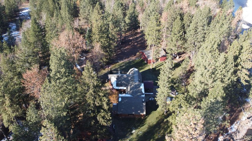 6495 Boondock Lane, Clinton, MT 59825