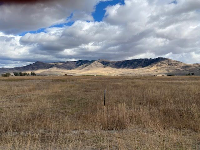 Nhn Marques Road, Hot Springs, MT 59845