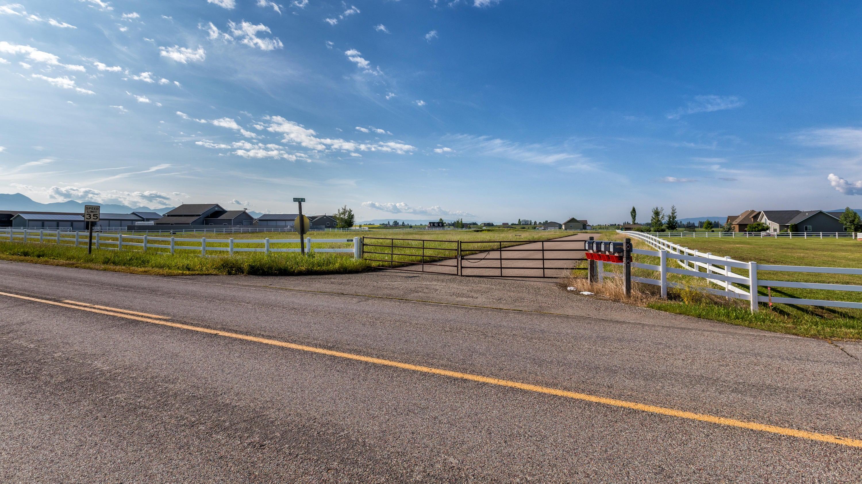 555 Wheatland Lane, Kalispell, MT 59901