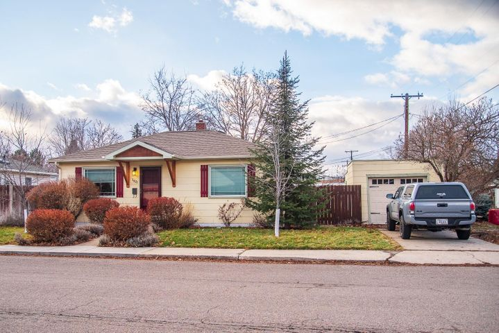 1621 Hollis Street, Missoula, MT 59801