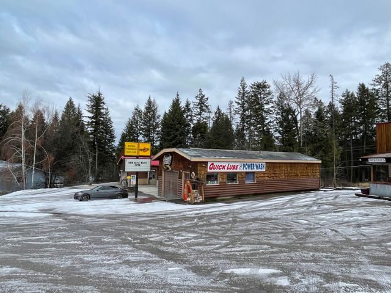 8539 Montana Hwy 35, Bigfork, MT 59911