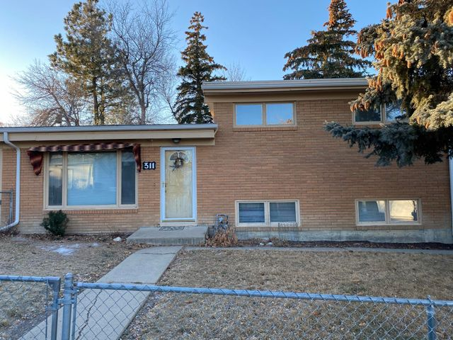 311 5th South Avenue, Shelby, MT 59474