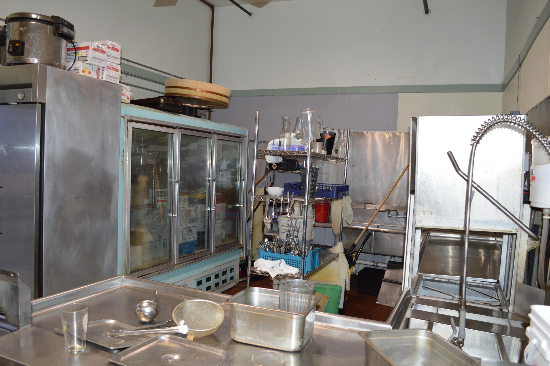 Wasabi Sushi Bar (2)