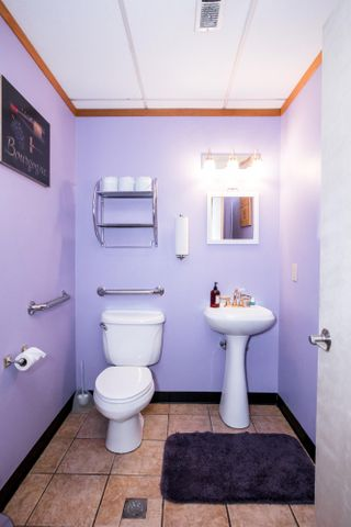 Upstairs Flat Bathrm_single copy