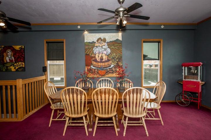 Upstairs Flat Diningrm_table_painting2