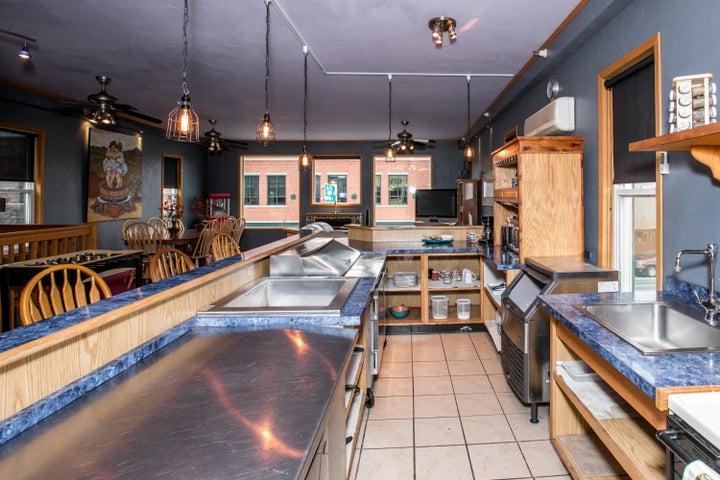Upstairs Flat Kitchen1