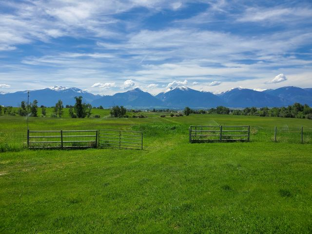 1253 Charlotte Way, Stevensville, MT 59870