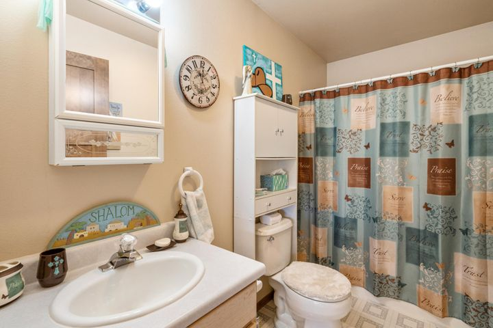 25 Whitehorse Road, Townsend, MT 59644