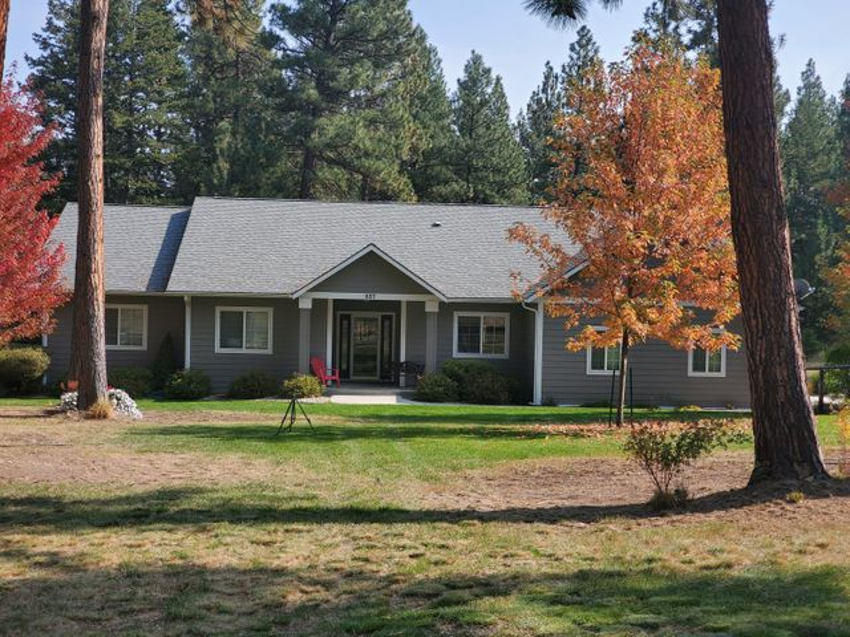 837 Bull Pine Drive, Hamilton, MT 59840