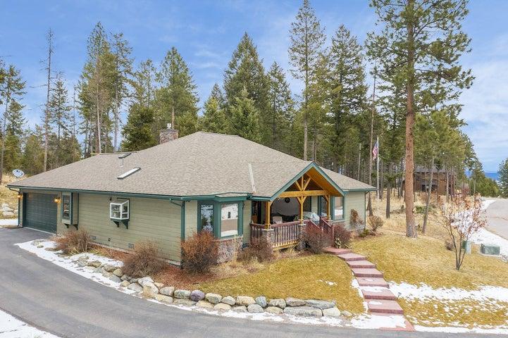 622 Grayling Road, Lakeside, MT 59922