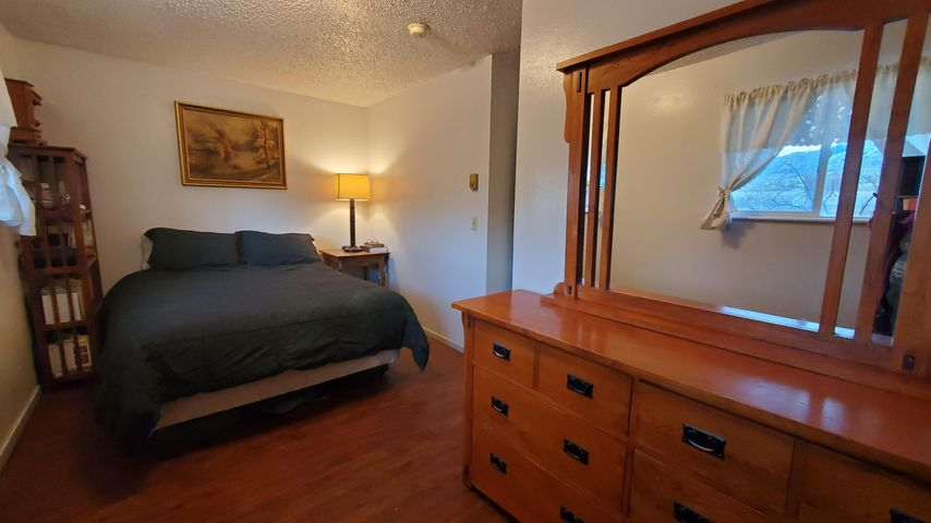 9 Manor Drive, Townsend, MT 59644