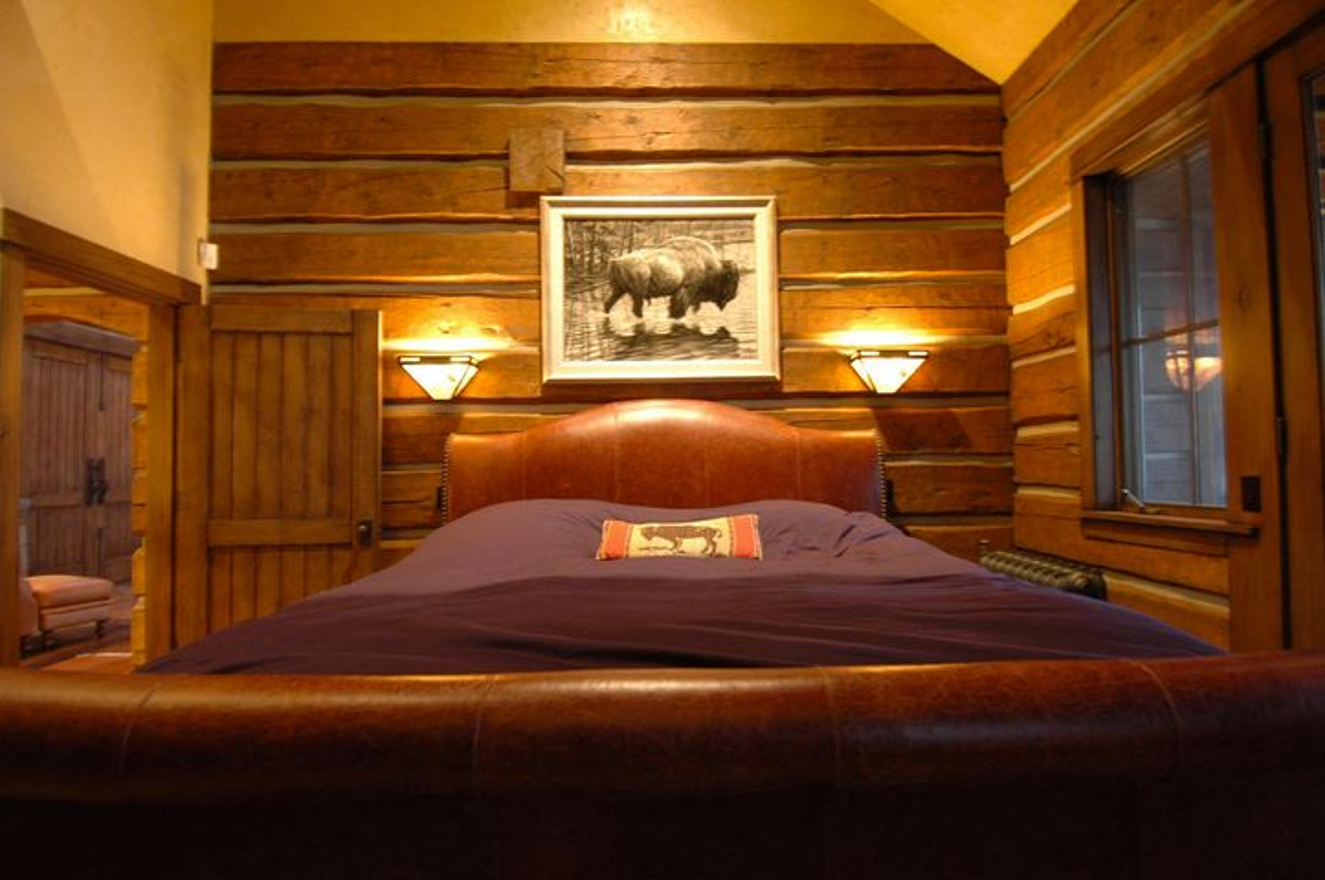 026_Guest Bedroom 2
