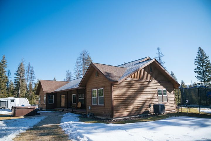 405 Pinnacle Road, Kalispell, MT 59901