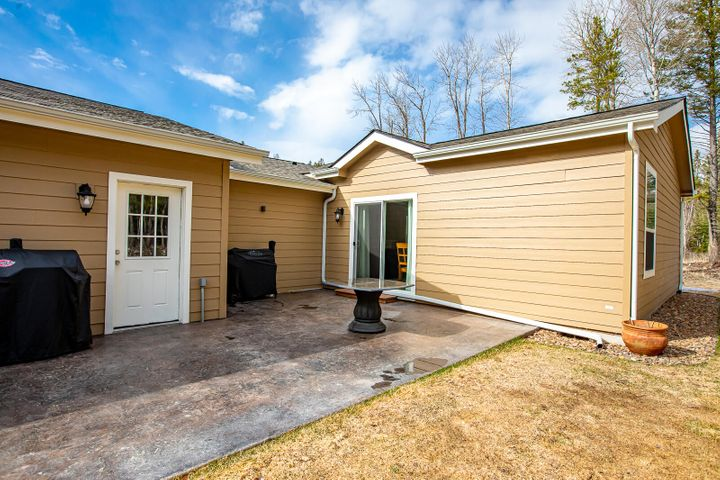 266 Potter Lane, Columbia Falls, MT 59912