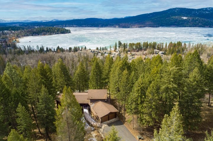 2047 Ridge Crest Drive, Whitefish, MT 59937