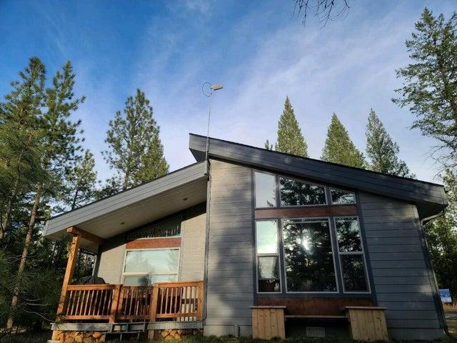 390 Castle View Lane, Eureka, MT 59917