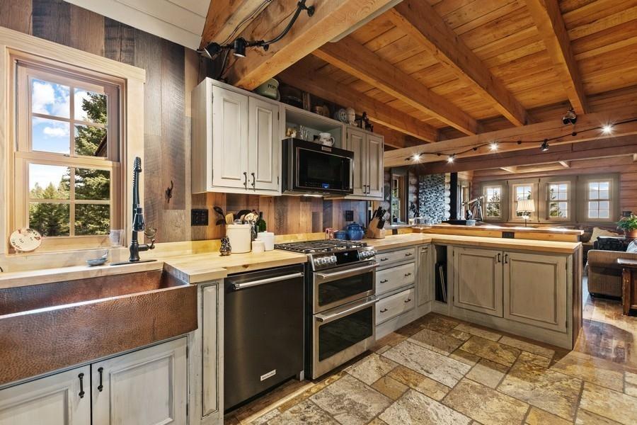 3720 Castle Rock Hill Road, Trego, MT 59934